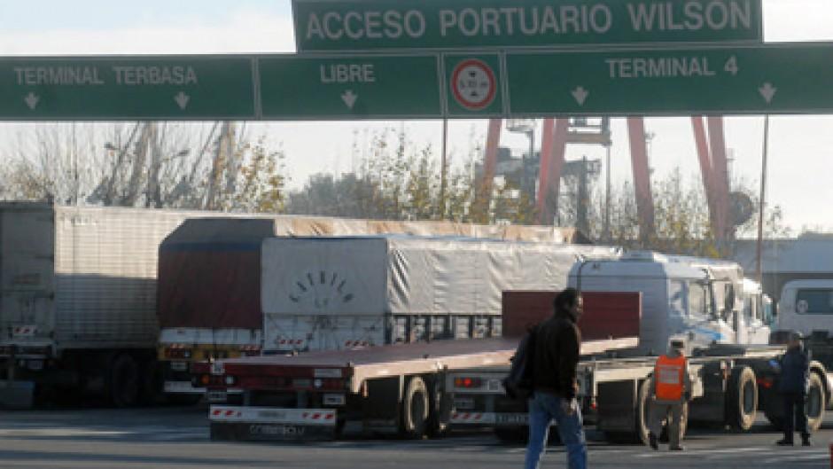 Comenzó a normalizarse el tránsito de camiones y la logística agroindustrial