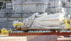 Insólito: Le piden al Papa que interceda ante Cristina por el monumento a Colón