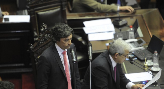 El camporista Juan Ignacio Forlón en su escandalosa jura como auditor.