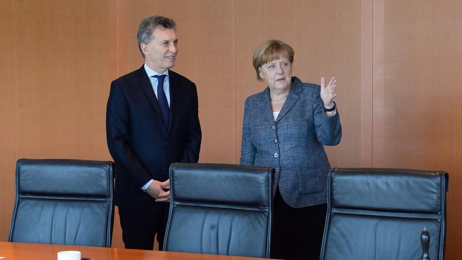 Merkel le trae a Macri una nueva propuesta para construir Chihuido