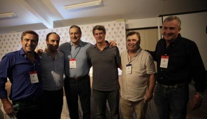 En Córdoba, Nosiglia empezó a mostrar a Prat Gay como su presidencial para el 2019