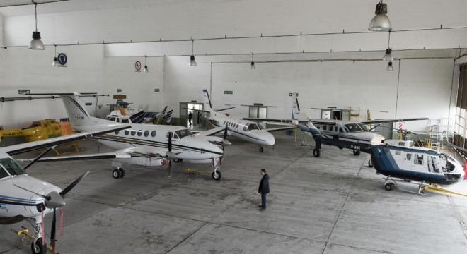 La flota aérea del gobierno.