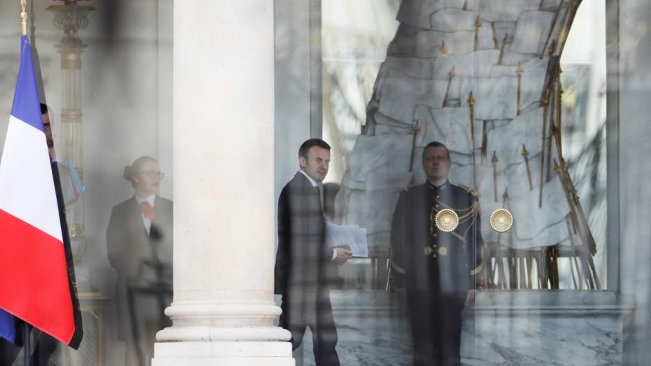 Merkel y Macrón lideran la posición dura contra Argentina en el FMI