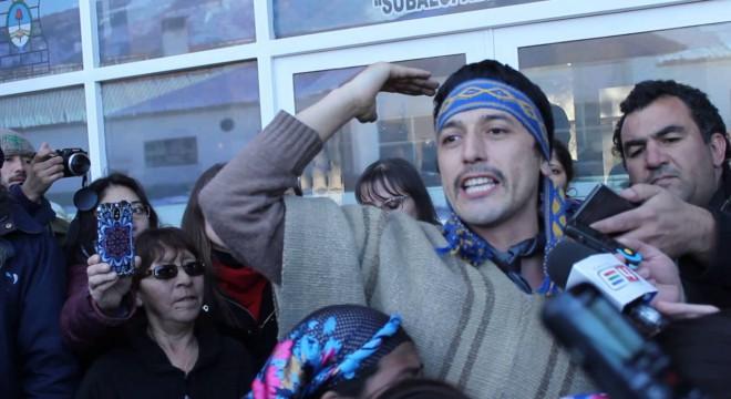 Facundo Jones Huala pide tomar el país y echar a Macri