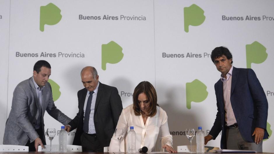 La gobernadora Vidal junto a Salvador y Lacunza.