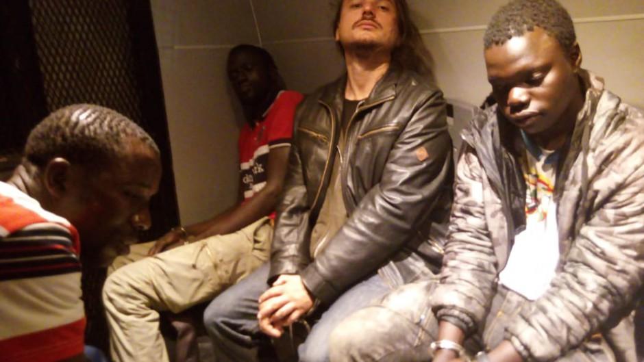 Grabois fue a interceder por unos manteros senegaleses y terminó detenido