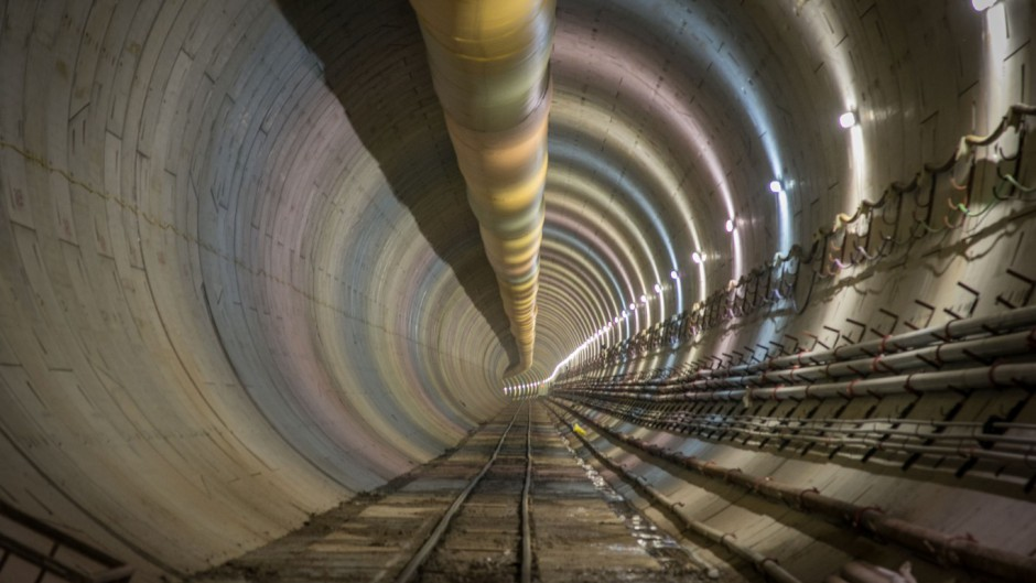 La tuneladora del Sarmiento llegó a la Ciudad y estiman que la obra terminará en 2022