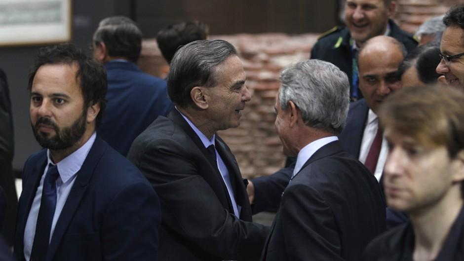 La fórmula Macri-Pichetto generó euforia en los mercados y el riesgo país cayó bajo los 850 puntos