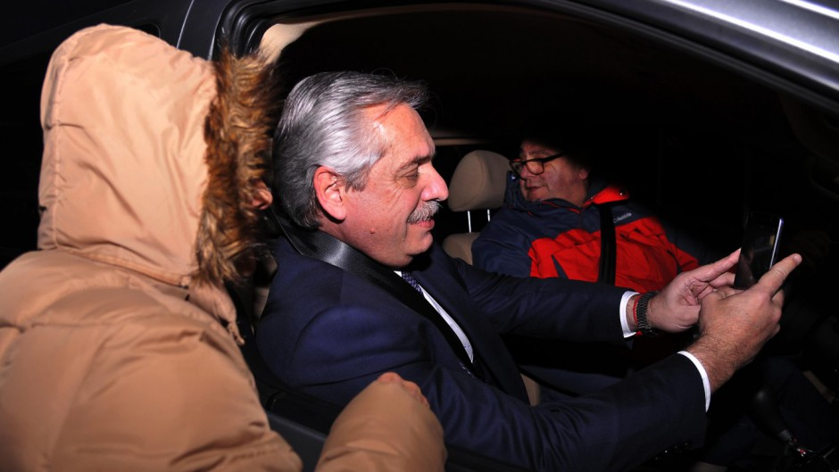 Alberto dijo que la quita del IVA irá al bolsillo de los empresarios y no bajará los precios