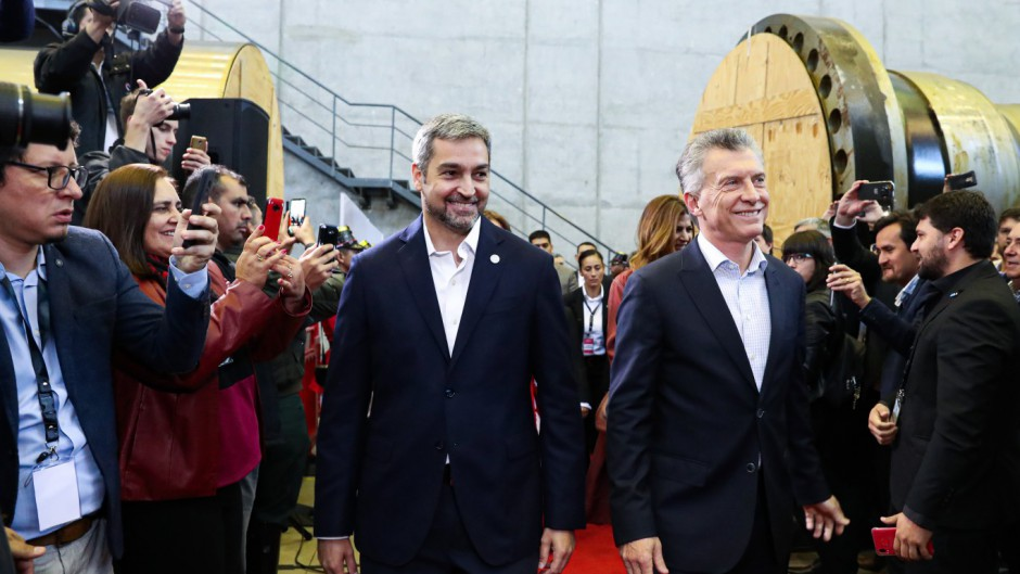 Los presidentes Macri y Abdo Benitez habilitaron el nuevo paso fronterizo Ituzaingo-Ayolas.