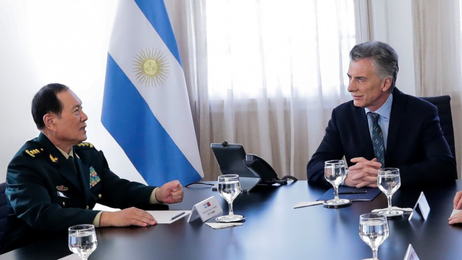 Macri recibió al ministro de Defensa de China, en medio de la tensión con Trump por la base espacial de Neuquén