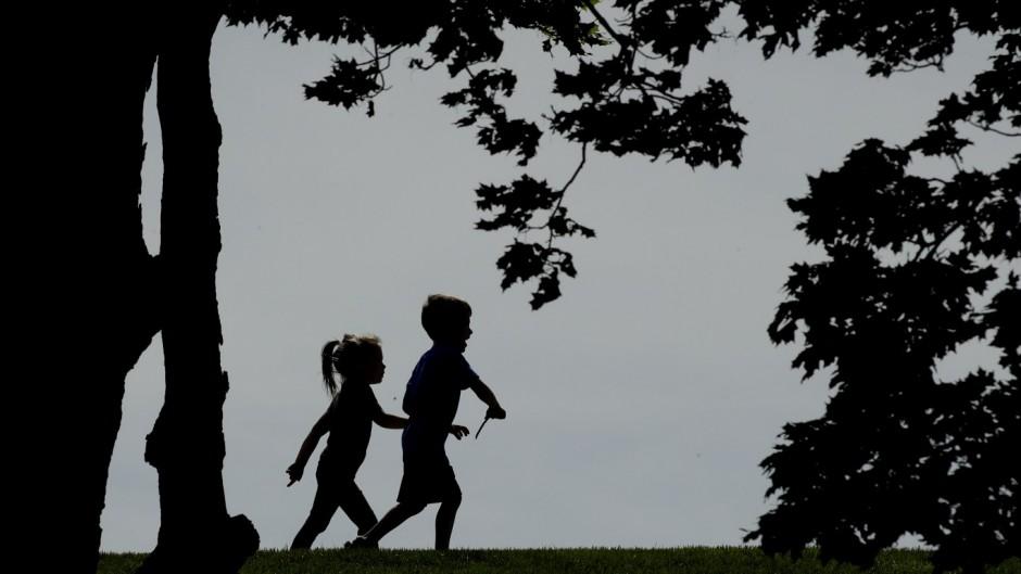 La sociedad de pediatría advierte que los chicos pueden tener miedos y transtorno de sueño por el encierro