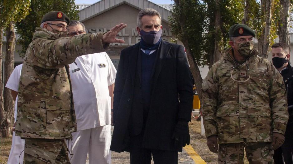 """Militares crean una """"Mesa de Enlace"""" y Rossi denuncia una conspiración contra el Gobierno"""