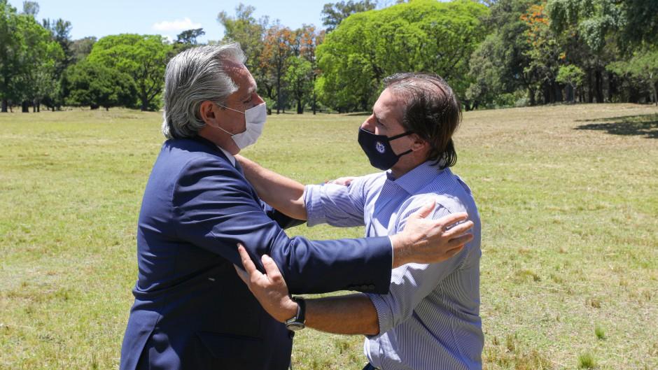 Bustillo logró una cumbre de Alberto y Lacalle Pou para bajar las tensiones