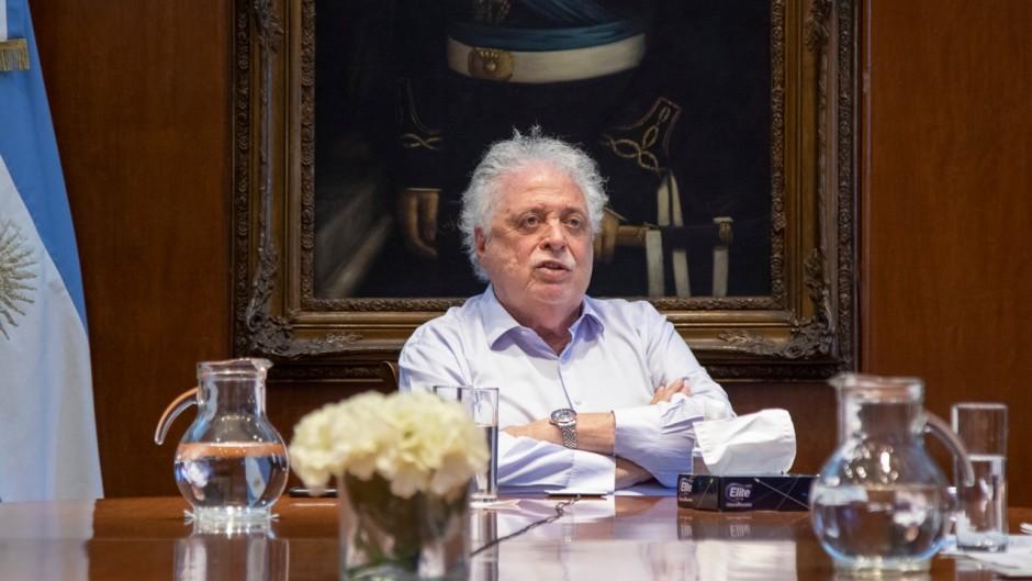 Ginés dijo que la situación es peor que en junio y advirtió que puede venir un confinamiento duro