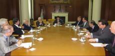 Otro gesto de Scioli: abrió el diálogo con el grupo de ex Secretarios de Energía