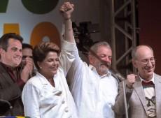 Dilma fue reelecta en Brasil y en Uruguay habrá segunda vuelta
